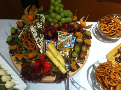 Mon Ami Dinklage Buffet